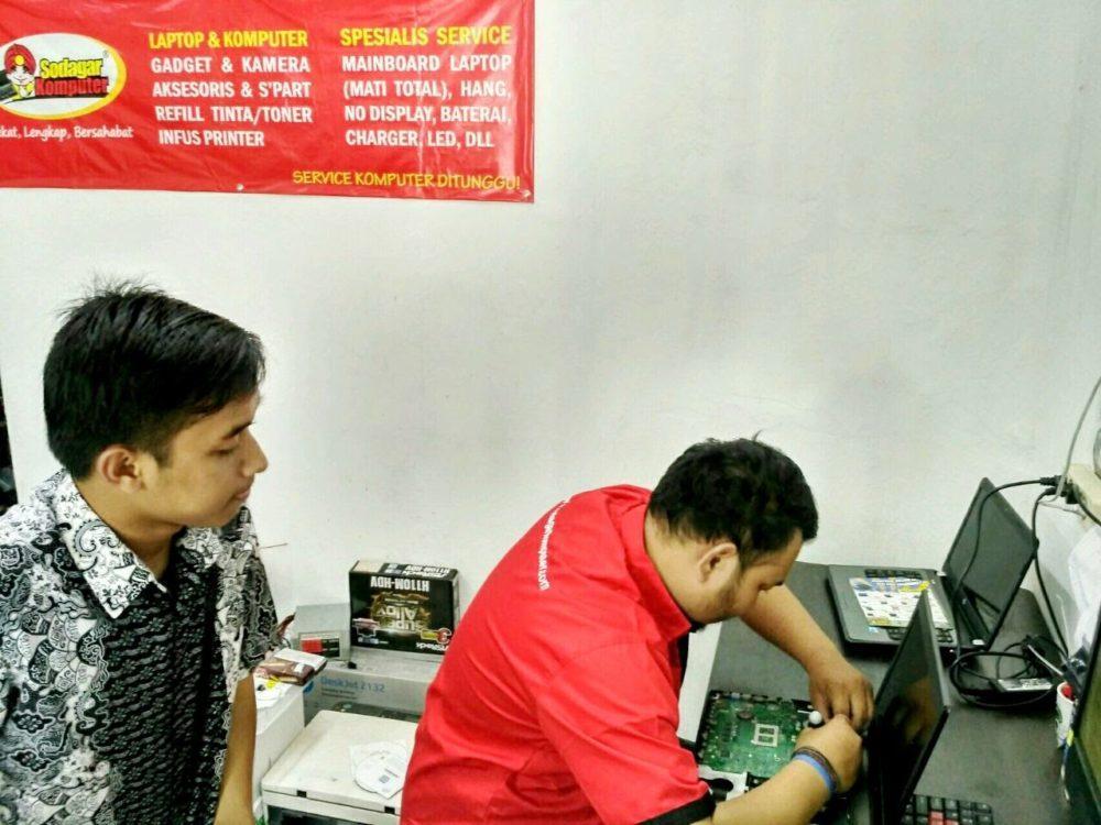 pusat jasa service laptop