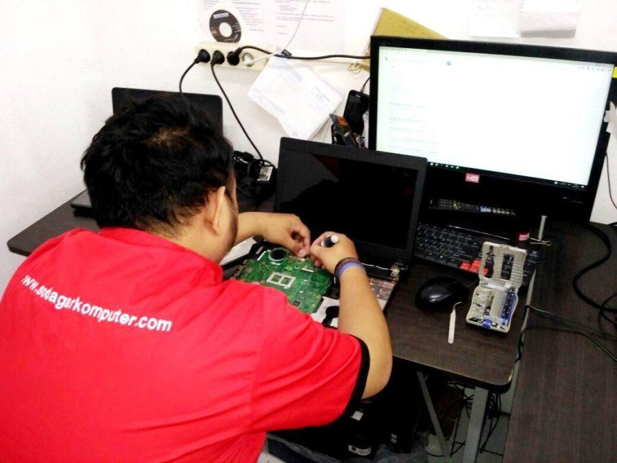 pusat jasa service laptop bekasi